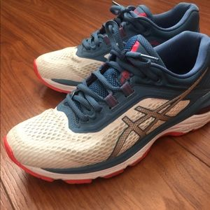 Asics GT 2000 like new condition 7